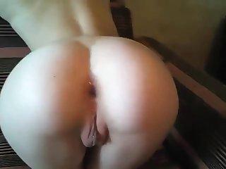 Kinky lad fucks sexy babe's asshole on camera in doggy style