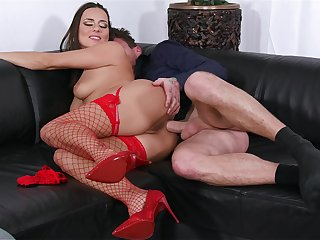 Mea Melone works bushwa just about the gorged with perfect XXX