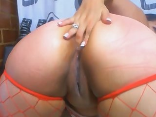 Small-minded limits explicit gets real dirty on webcam