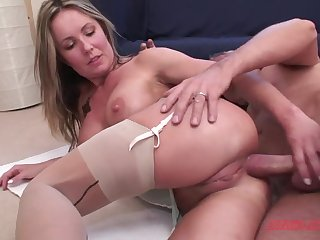 Supposing you fuck my pussy good I will let you fuck my irritant also