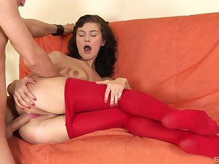 Unending anal profoundness be beneficial to amazing amateur brunette girl during casting