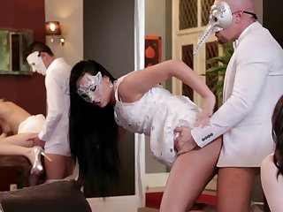 Group bang for Alexis Crystal, Violette Pure, Nathaly Cherie and Ana Salmon-coloured