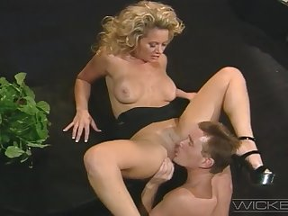 Hot blonde wife Kyle Stone moans after a long time getting butt penetrated