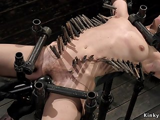 Hairy whore butt fucking toyed encircling metal gadget